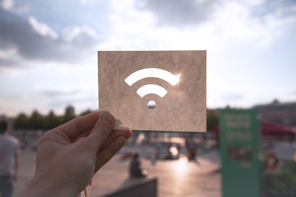法人向けインターネット回線に契約するとモバイルWi-Fiも契約できる?